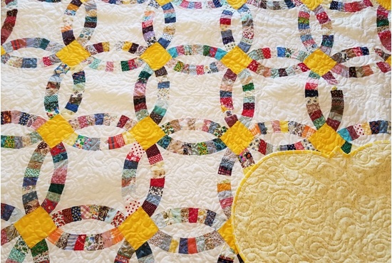DOUBLE WEDDING QUEEN SIZE QUILT